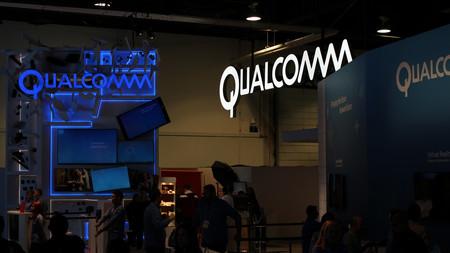 """""""Tienen nuestro número de teléfono"""": el presidente de Qualcomm reitera su interés en colaborar con Apple para un producto 5G"""