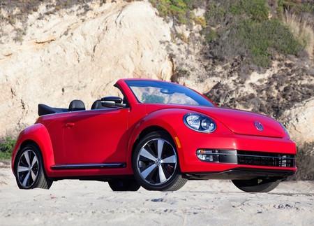 Volkswagen Beetle Convertible 2013 1024 01