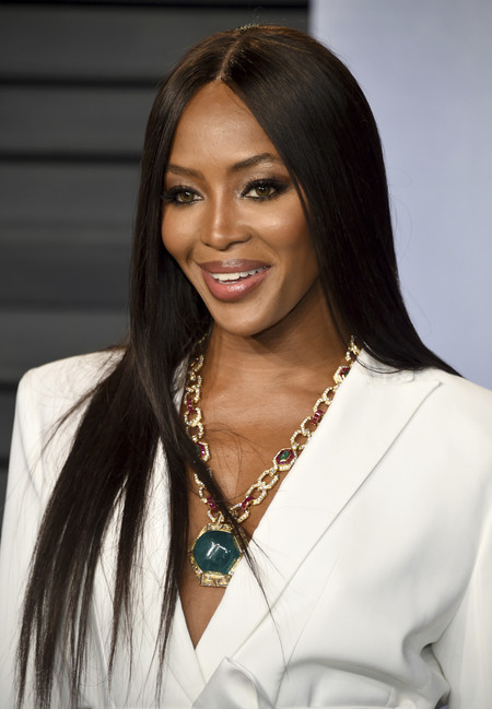 naomi campbell fashion icon cfda