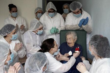 El 98 cumpleaños de una anciana durante la pandemia hace acreedor a Brais Lorenzo del premio Ortega y Gasset de fotografía 2021
