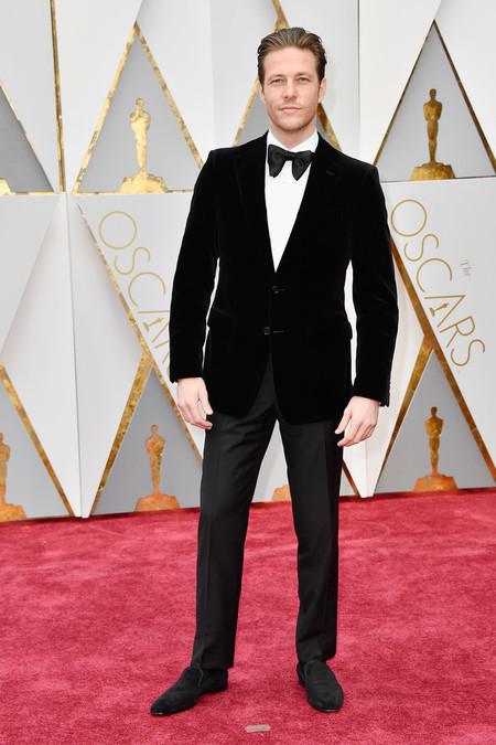 Luke Bracey Oscars 2017 Awards Red Carpet