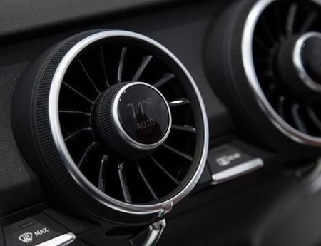 El 2014 llega con un nuevo Audi TT debajo del brazo y su interior se lleva el protagonismo