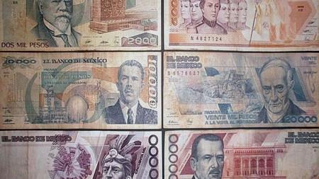 Son viejos, tienen casi treinta años, y aunque no lo parezca, estos billetes de nuevos pesos se pueden seguir usando en México