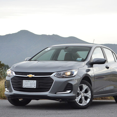 Chevrolet Onix 2021, al volante del sedán que quiere gritar 'jaque mate' a Versa