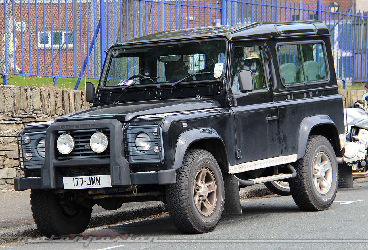 Foto de Land Rover Defender (14/15)