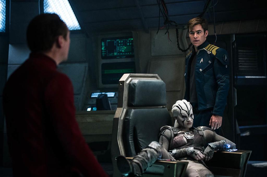 Escena Star Trek Mas Alla