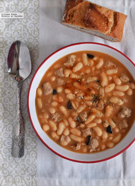 Berenjenas rellenas de queso feta y coulis de tomate, pudding sencillo de roscón y más en el menú semanal del 16 al 22 de enero