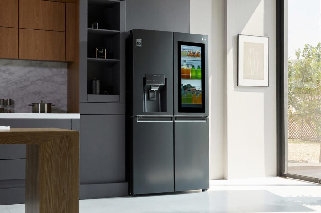 LG llevará la tecnología de limpieza por luz ultravioleta a sus frigos InstaView Door-in-Door