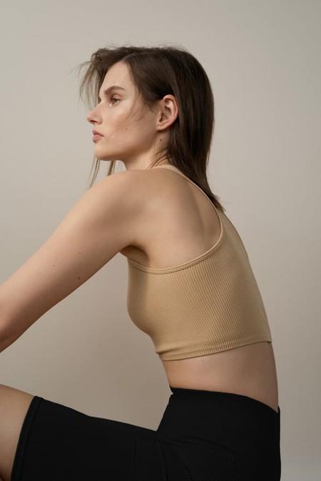 Zara Basicos Noventeros 09