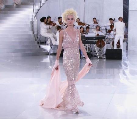 Chanel da el do de pecho en su desfile de Alta Costura