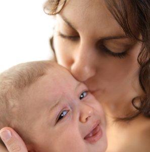 Cólicos del lactante. ¿Puedo ayudar a mi bebé?