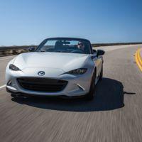 ¿Te gusta la idea de fibra de carbono para el MX-5? ¡A Mazda también!