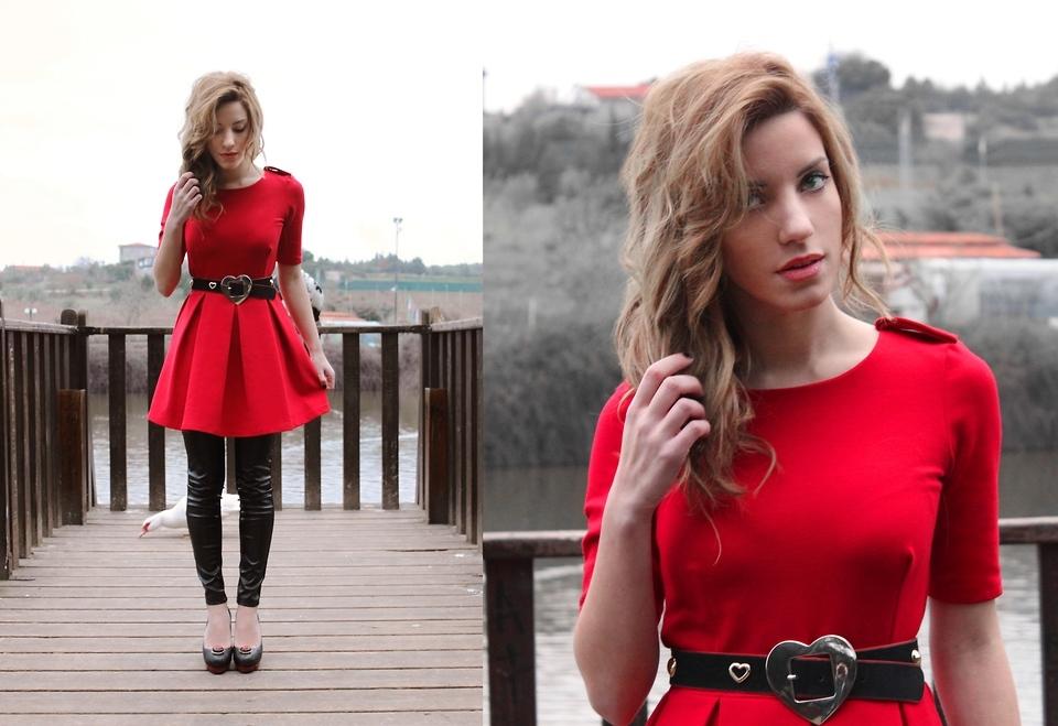 Foto de Tendencias Primavera 2011: el dominio del rojo en la ropa (18/28)