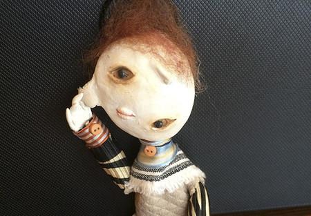 Sólo tiene 12 años y ya cuenta con la capacidad de crear increíbles muñecos sombríos