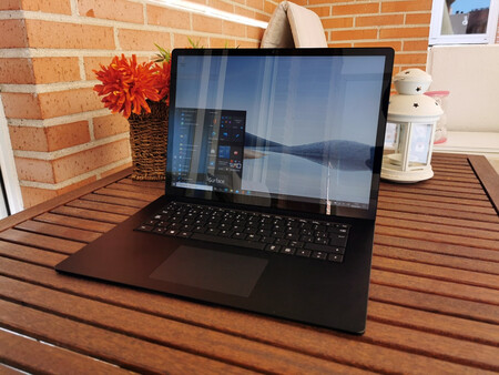 Microsoft Surface Laptop 4 17