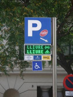 Parkings adaptados para motos en Barcelona