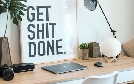 Éstos organizadores rústicos de Etsy son perfectos para sumar calidez, orden y minimalismo a tu escritorio de home office