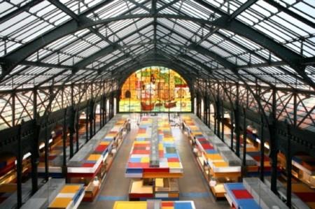 Mercado Central de Atarazanas en Málaga, de la tradición al diseño más colorista