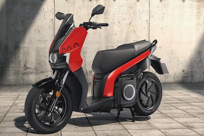 SEAT MÓ eScooter 125: la moto eléctrica de la filial española ya se puede pre-reservar, con entrega en noviembre