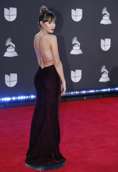 Aitana grammys latinos 2019 red carpet