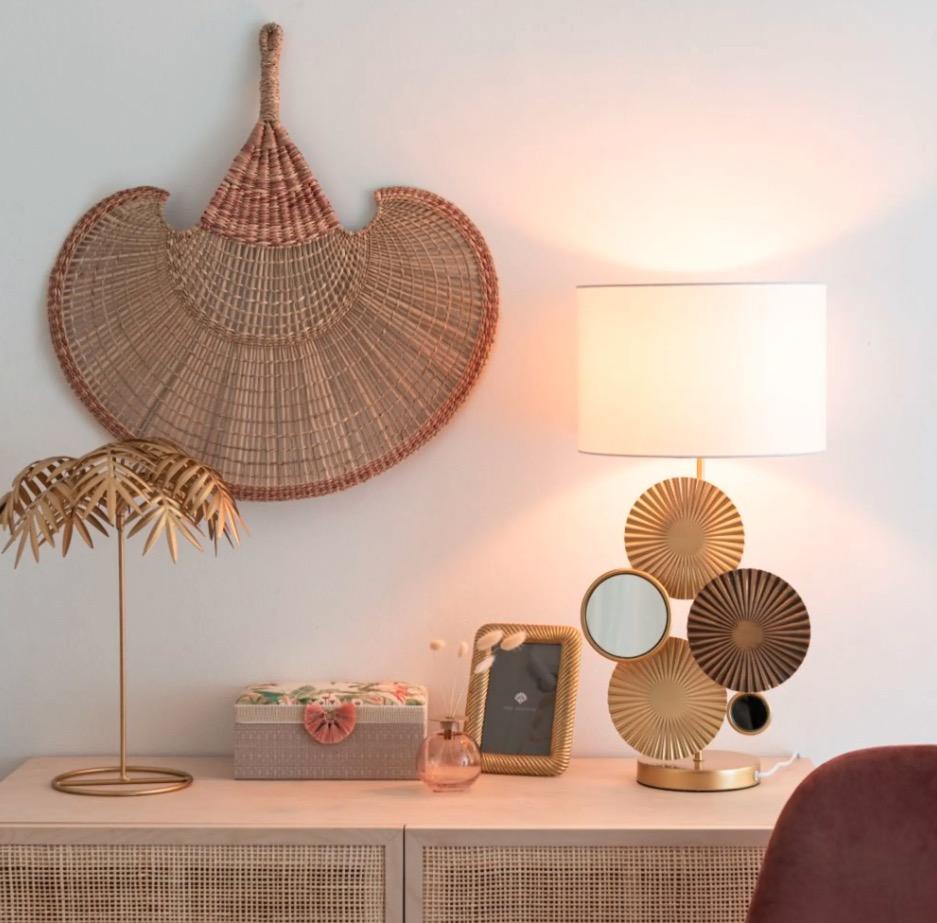 Lámpara de espejos de metal dorado Tombouctou con pantalla color crema
