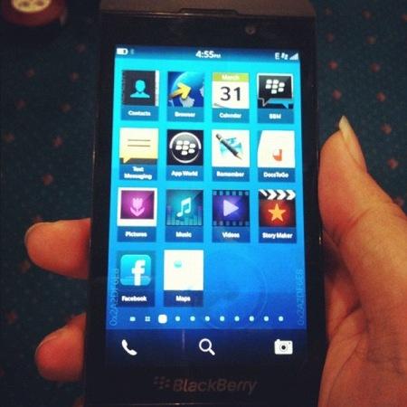 BlackBerry 10 L-Series en vídeo e imágenes