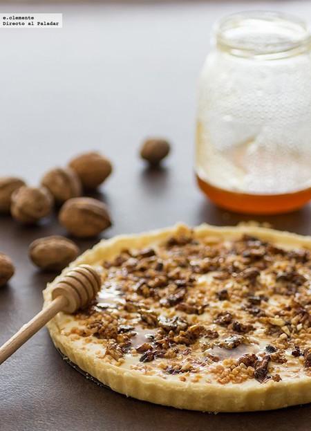 Tarta con queso, nueces y miel: receta para una tarde de domingo