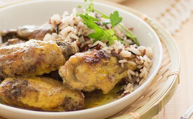 Alitas de pollo al horno con mostaza, especias y finas hierbas. Receta