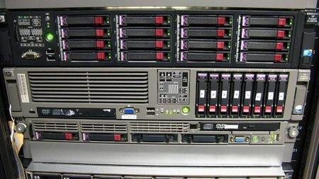La empresa debe utilizar cifrado de datos para discos virtuales