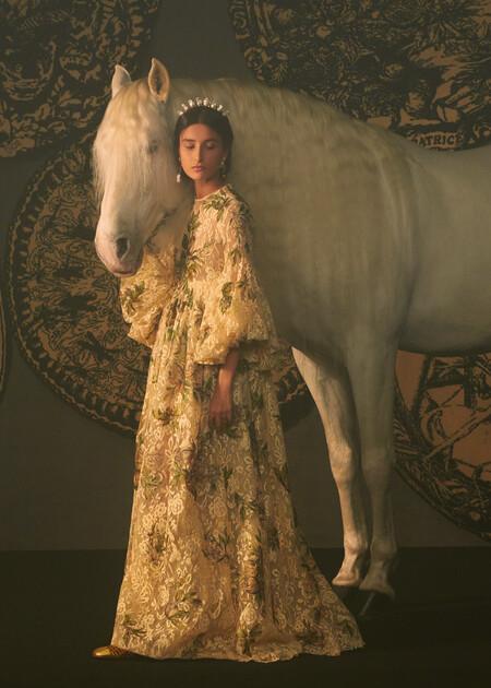 Dior se inspira en el tarot para su desfile de Alta Costura con maravillosas creaciones de película