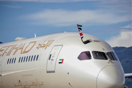 An Etihad Boeing 787 9 Dreamliner Lands In San Jose Costa Rica Jpg 3