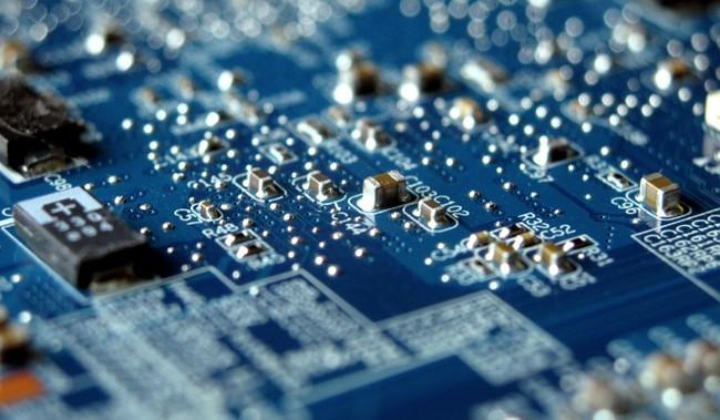 Apple desmiente rotundamente que haya chips espía en sus dispositivos y servidores