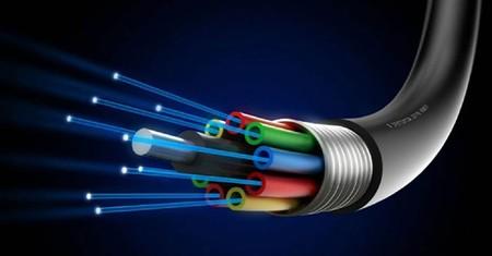 ¡661 Tbps en un sólo hilo de fibra óptica! Tenemos nuevo récord de velocidad para transmisión de datos