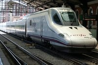 Renfe planea una tarifa plana para trenes AVE orientada a turistas extranjeros