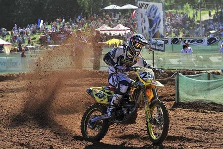 Clement Desalle y Jeffrey Herlings vencen en Letonia