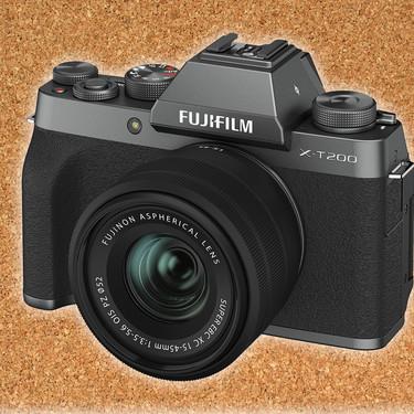 Fujifilm X-T200, la mas sencilla de las Fujifilm X con visor se renueva con varias mejoras como el enfoque y la pantalla