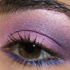 Foto 4 de 8 de la galería look-de-fiesta-ojos-en-rosa-y-morado en Trendencias