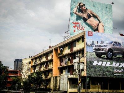 ¡Cuidado! Casi la mitad de los accidentes viales en México están relacionados con la publicidad exterior
