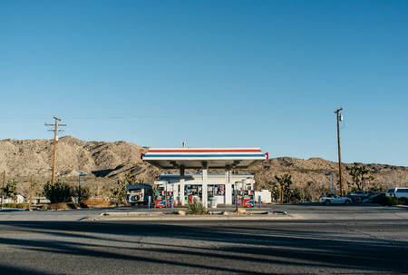 Gasolinera Dos