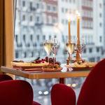 Somos y Garra y el estilo del interiorismo de Jaime Hayón, a punto para saborear la Navidad en Madrid
