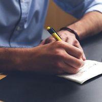 Sticky Notes ya permite agregar imágenes para completar nuestras notas en la versión web