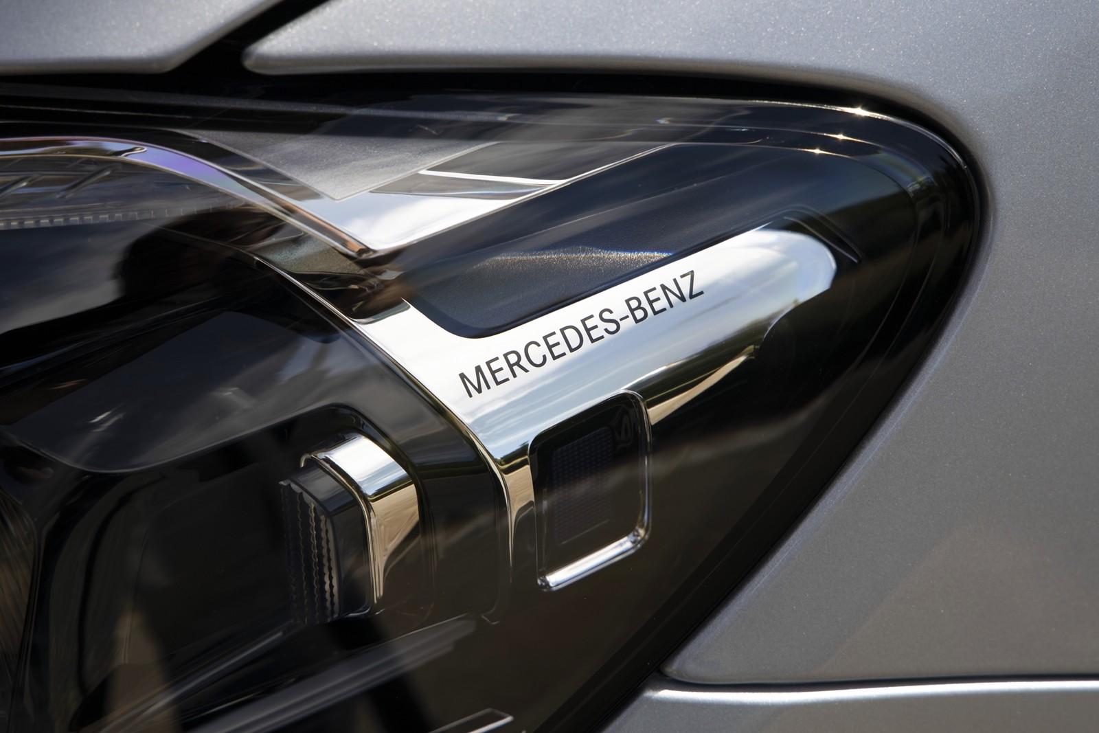 Foto de Mercedes-Benz Clase E 2020, prueba contacto (12/135)