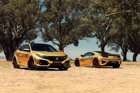 Honda celebra 50 años en Australia con un NSX y Civic Type R dorados... que no se pueden comprar