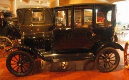 1919 Ford Sedan