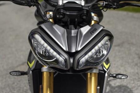 Triumph Speed Triple 1200 Rs 2021 002