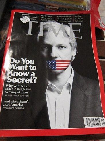 Assange: 'No se puede confiar en la prensa corporativa anglo-europea'