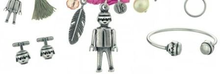 Las figuras de Playmobil en una divertida colección de joyería
