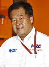Nakamoto describe a Simoncelli como piloto de fábrica