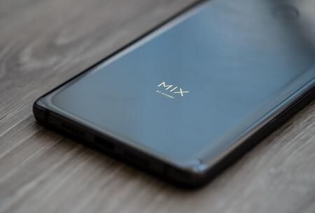 Xiaomi Mi Mix 3 01