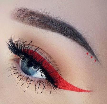 Eyeliner Rojo 1